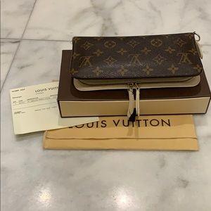 Louis Vuitton Insolite wallet- Ivory